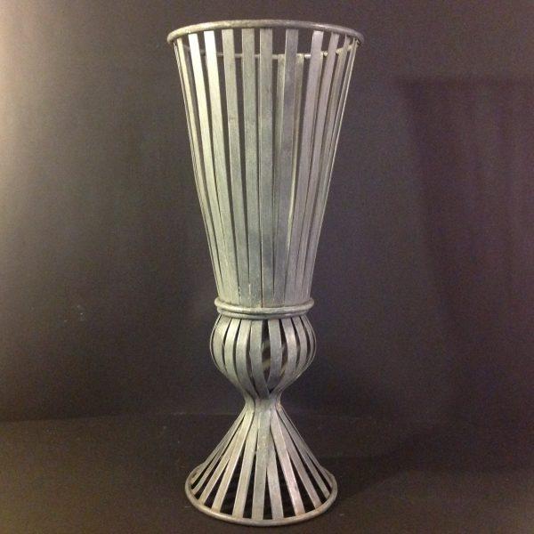 EDG (Enzo De Gasperi) Vaso in metallo grigio a listelli