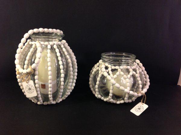 Côté Table Porta candela in vetro con palline bianche in legno Cote Table