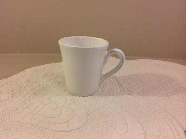 mug in ceramica bianca