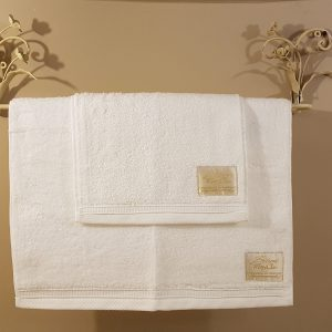 Blanc Mariclò Set 2 Asciugamani bianchi con bordo Blanc