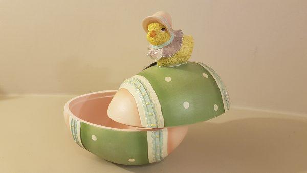 scatola uovo resina con pulcino