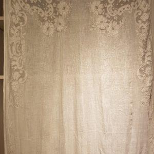 tenda lino ricamata