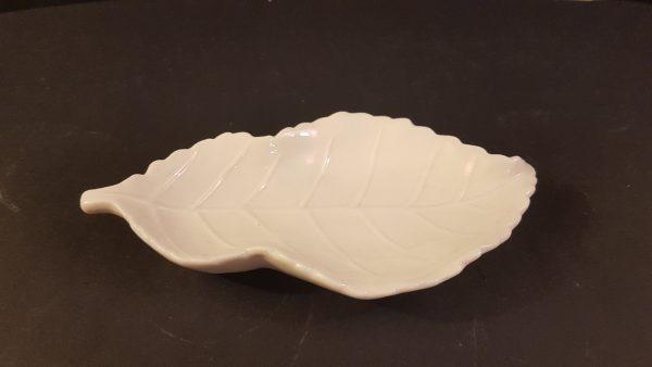 piatto ceramica foglia panna