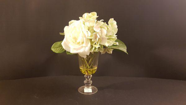 vaso vetro con fiori