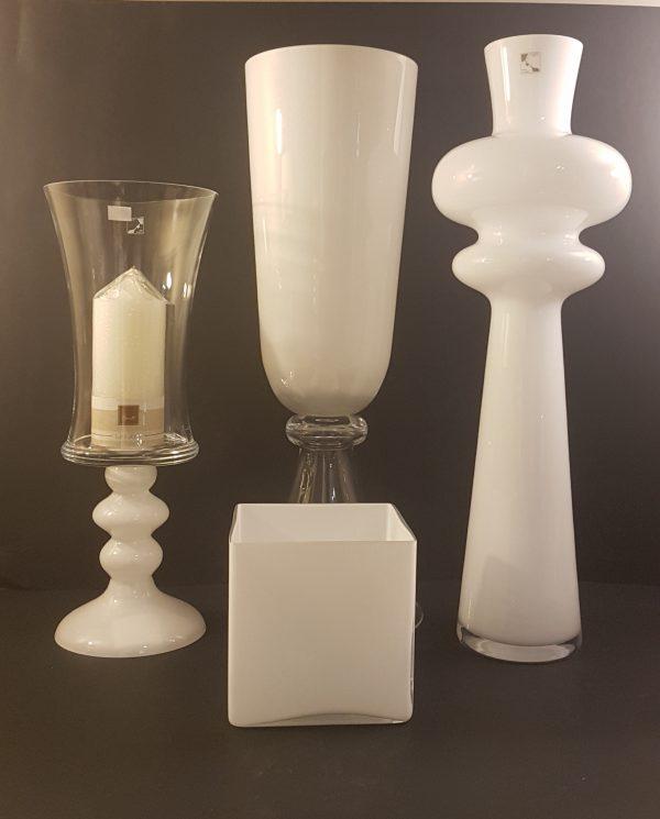 vasi bianchi