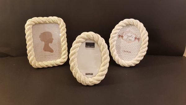 Coccole di Casa Porta foto ovale in resina lavoraz. cordone