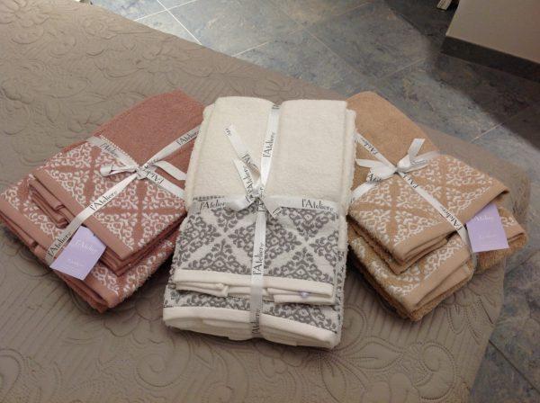 L'Atelier 17 2 coppie di asciugamani con 2 ospiti beige scuro