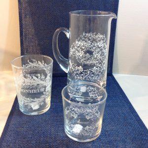 caraffa e bicchieri