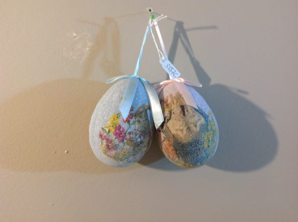 Set 2 uova ghiacciate grandi fantasia conigli-Hoff