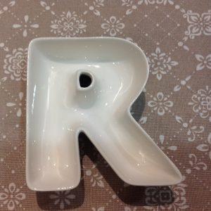 Brandani Lettera R in porcellana bianca