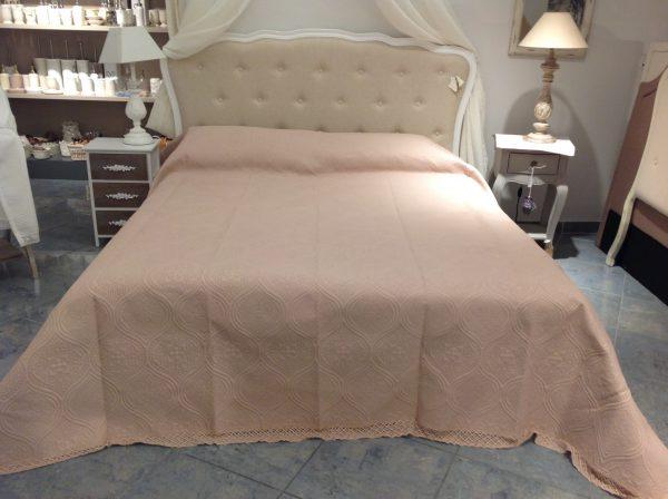 Blanc Mariclò Boutis matrimoniale con pizzo rosa antico Primula 260x260