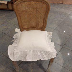 Blanc Mariclò Copricuscino per sedia bianco con gala e fiocchi