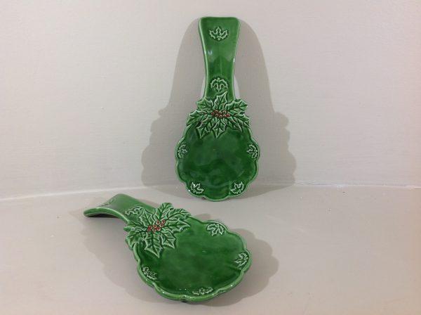 Appoggia mestolo in ceramica verde e bacche