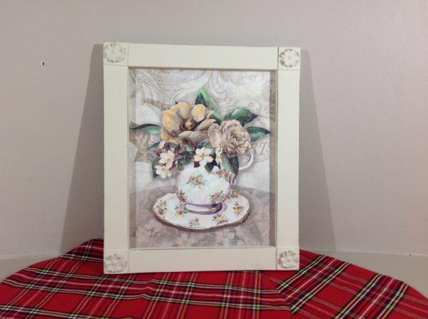 Angelica Home & Country Quadro fiori theiera e tazza con cornica panna