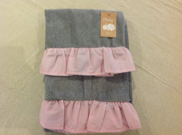 L'Atelier 17 Set 2 pezzi spugna grigio con balza rosa