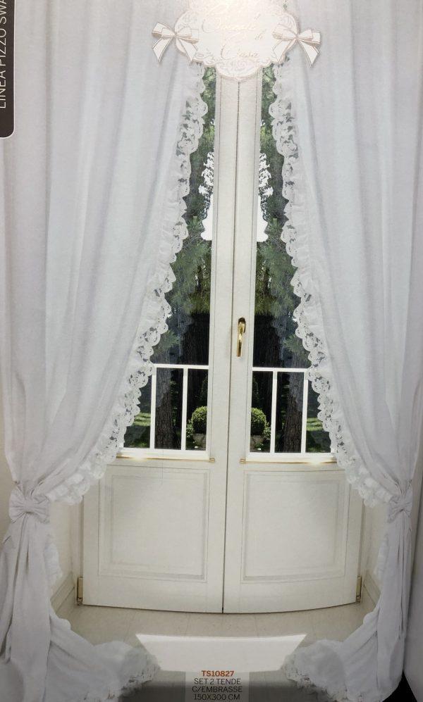 Coccole di Casa Set 2 tende in cotone con frappa e pizzo e 2 embrasse fiocco