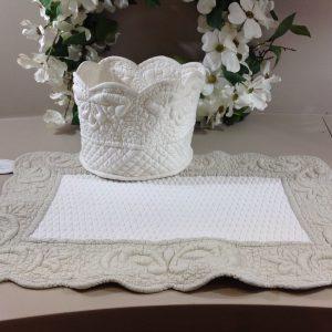 Blanc Mariclò Cesto porta pane in tessuto bianco boutis lavorato