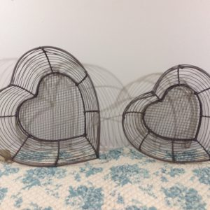 Nuvole di Stoffa Set 2 cestini in ferro a cuore