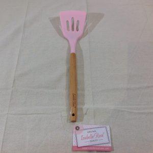 Isabelle Rose Paletta in silicone rosa con manico in legno