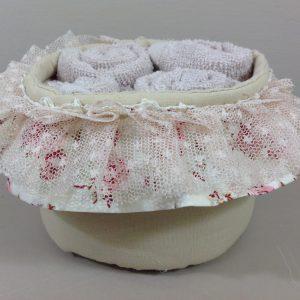 L'Atelier 17 Cestino rotondo panna in cotone con doppia frappa con 4 lavette in spugna panna