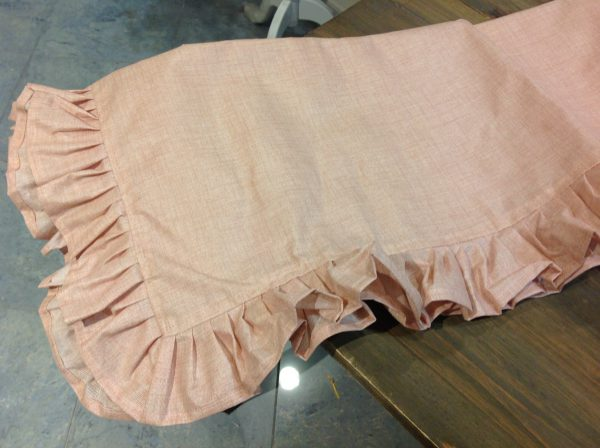 L'Atelier 17 Tovaglia resinata rosa melange con frappa