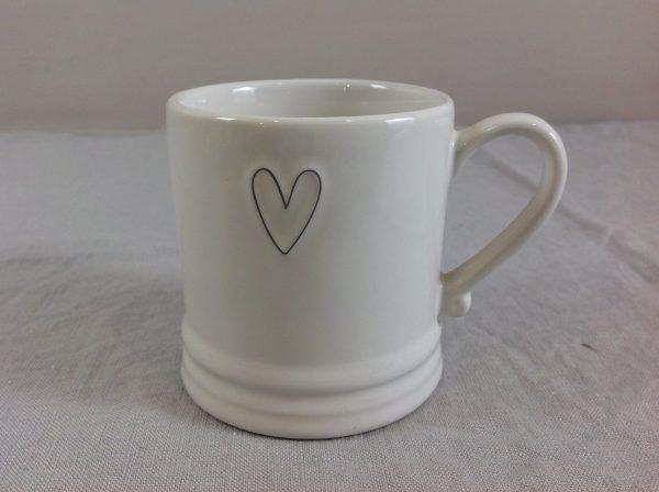 Bastion Collection Mug con cuore nero vuoto