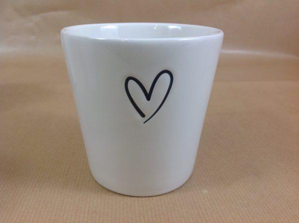 Bastion Collection Bicchiere da latte con cuore nero